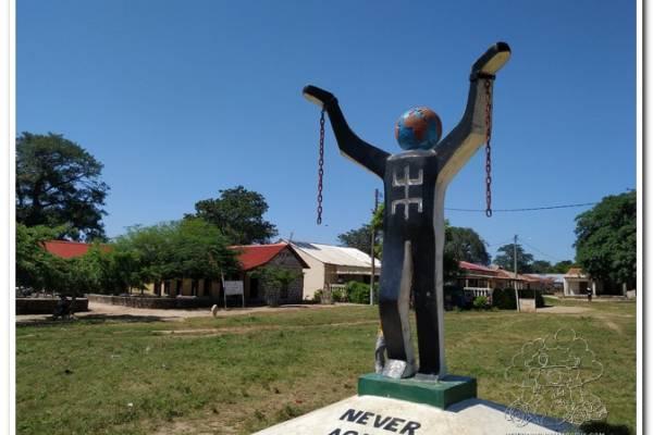 Isla Kunta Kinteh Memorial de la Esclavitud Gambia