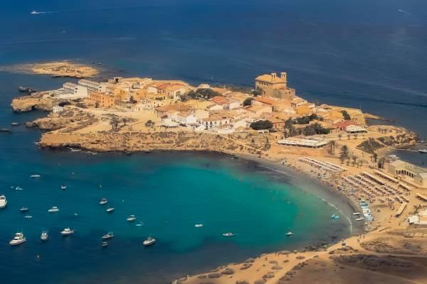 Playas,Calas y piscinas naturales de España